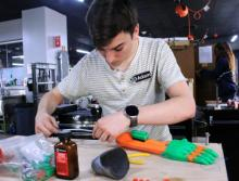 Adam Williams creates 3D printed hand